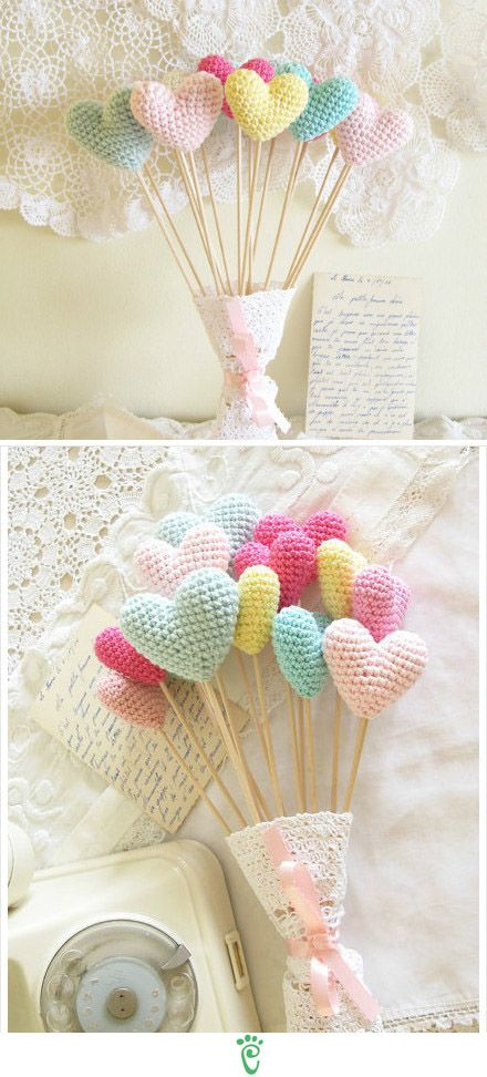 Pastel amigurumi hearts - Cake toppers - from Cherrytime on Etsy