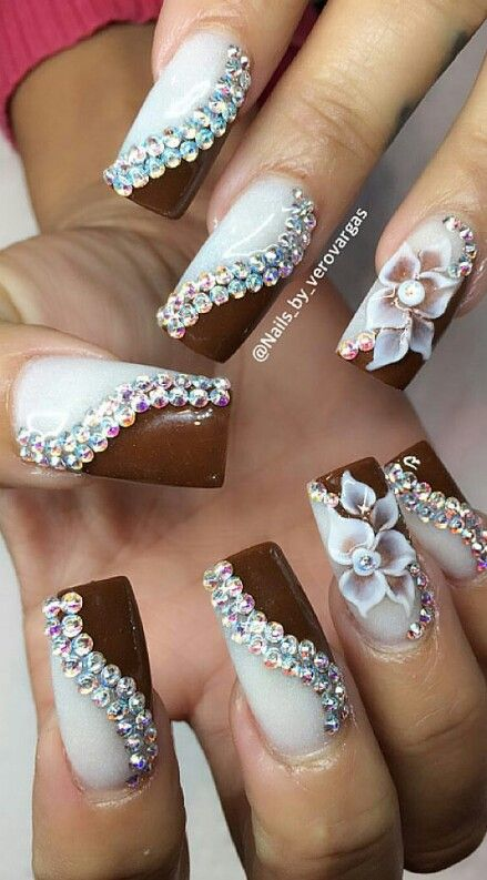 Swirling white brown swirl rhinestone nails design @nails_by_verovargas |@TrxLLBbyMoNRoE ❤