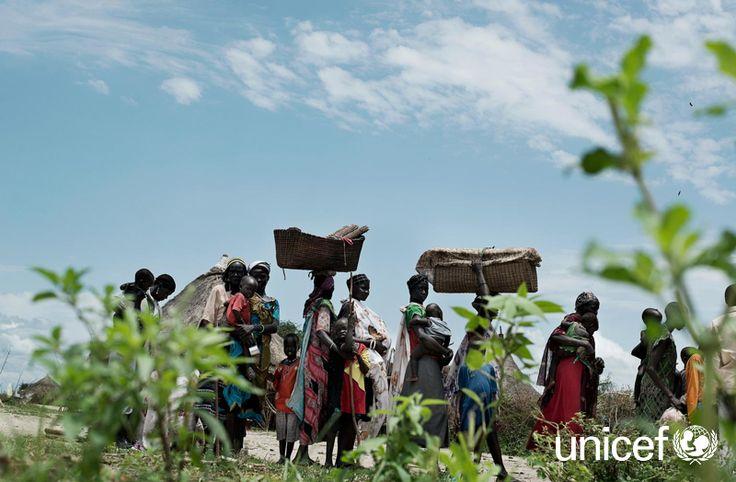 POMOC DZIECIOM: Trwający od grudnia 2013 roku konflikt w Sudanie Południowym zmusił do opuszczenia domów blisko 1,9 mln ludzi. Większość z nich pozostała w kraju szukając schronienia w trudno dostępnych miejscach. Ponad połowa uchodźców to dzieci. Pomóż na www.unicef.pl/sudan.