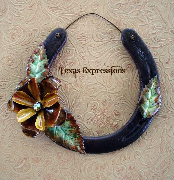 Pretty Flower Horseshoe