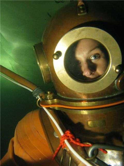 woman wearing Russian dive suit | Underwater Helmet Diving ...