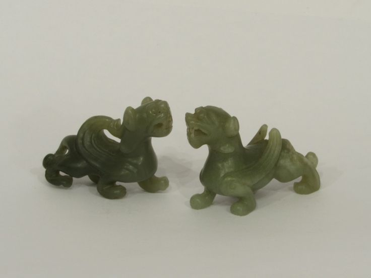 Cuople of #chinese #dragon  Also available on: http://www.arte-orientale.com/estremo-oriente/2366/coppia-di-draghi-in-giada/