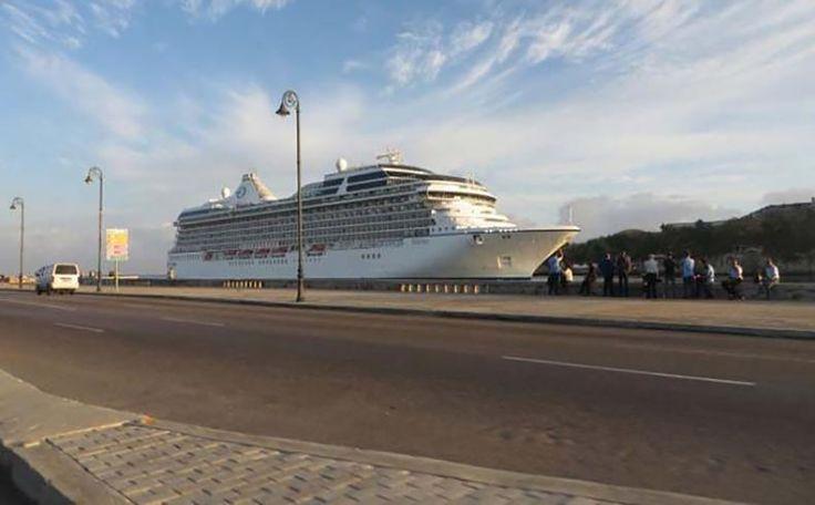 Más de mil pasajeros procedentes de Florida, Estados Unidos, arribaron a La Habana a bordo del buque Marina, de la compañía de cruceros Norwegian Cruise Line Holdings Ltd., que inició así operaciones a Cuba. www.revistamascuba.com