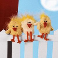 Chick puppets from inside-out baby socks.  Fun Spring/Easter craft with kids!