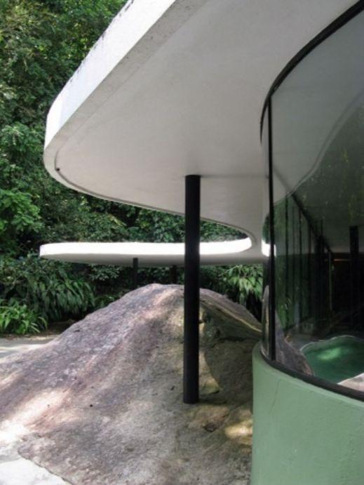 Oscar niemeyer 1907 2012 1952 casa das canoas rio de for Das design des esszimmers
