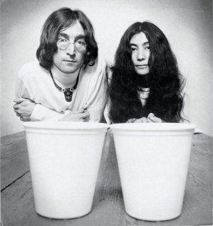 John-Yoko-john-and-yoko-32837695-470-500.jpg (299×318)