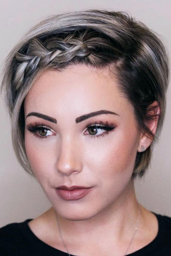 21 Spicy Hairstyles For Short Hair To Try