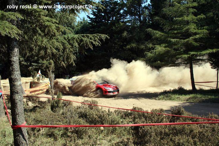 Sebastian Loeb - WRC Rally Costa Smeralda 2007 - foto di Roby Rossi http://www.intourproject.it/it/in_photo/il_significato_delle_immmagini_nella_comunicazione_cat_11.htm