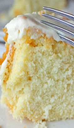 Louisiana Crunch Cake..... along with her blog and other great recipes this is a good site for great food.