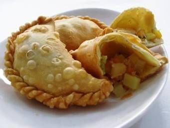 Aneka Resep Kue dan Masakan: Pastel Goreng