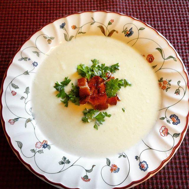 Edel's Mat & Vin : Blomkålsuppe med sprøtt bacon ✿