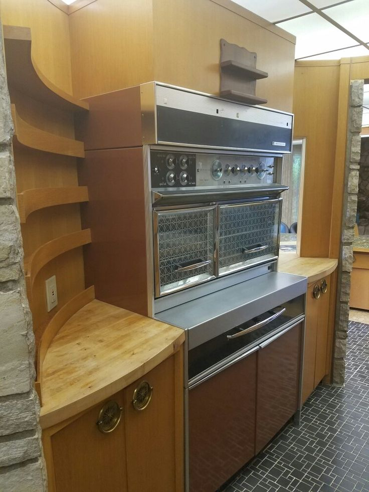 29 best 1960s images on Pinterest | Vintage kitchen, Retro kitchens ...