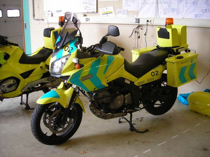 V-strom 650 used by the dutch authorities for motorway maintenance (Rijkswaterstaat).