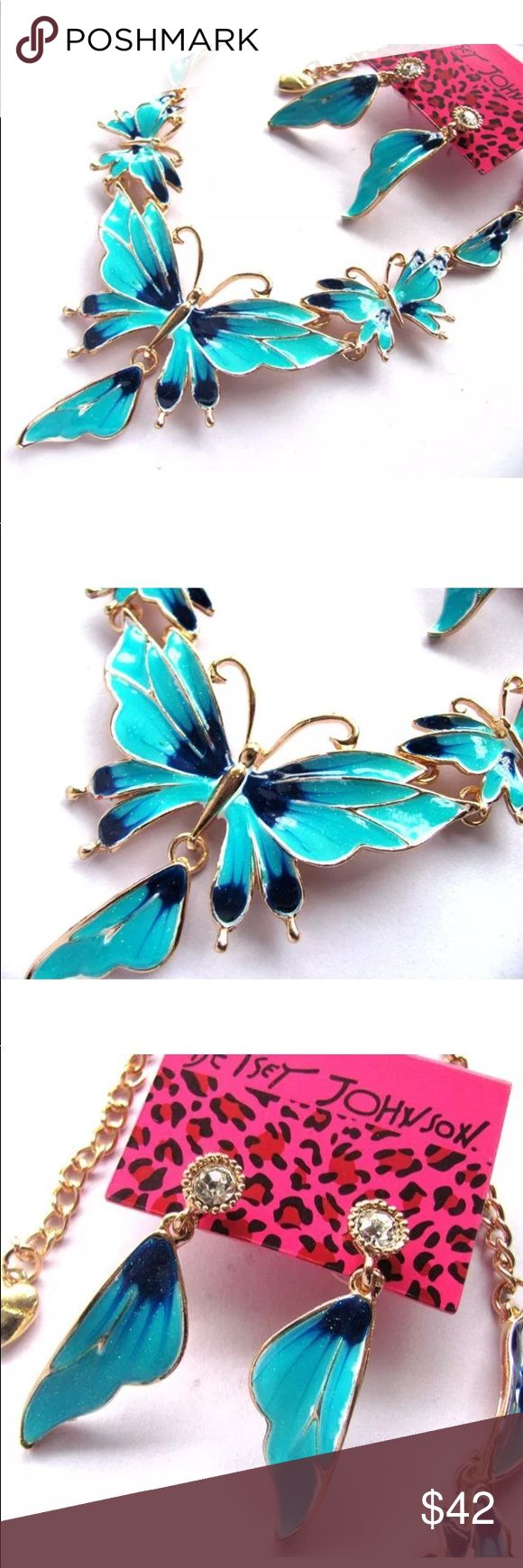 Betsey Johnson Teal 🦋 Butterfly Necklace Set Brand new boutique item. Gorgeous Teal Blue Butterfly Statement bib necklace with matching earrings. Betsey Johnson Jewelry Necklaces