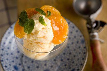 Lemon gelato with caramelised mandarins – Recipes – Bite
