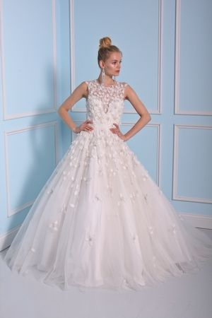 Perfect Illusion Princess Ball Gown Wedding Dress with Natural Waist in Tulle Bridal Gown Style