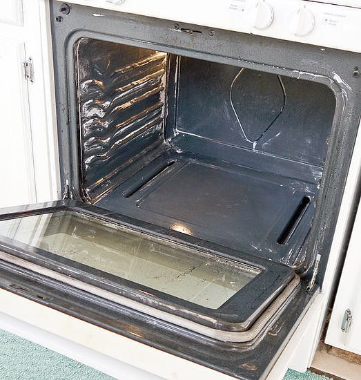 ~ Natural Oven Cleaner For Baked-On Grime…shown/done on self clean oven!