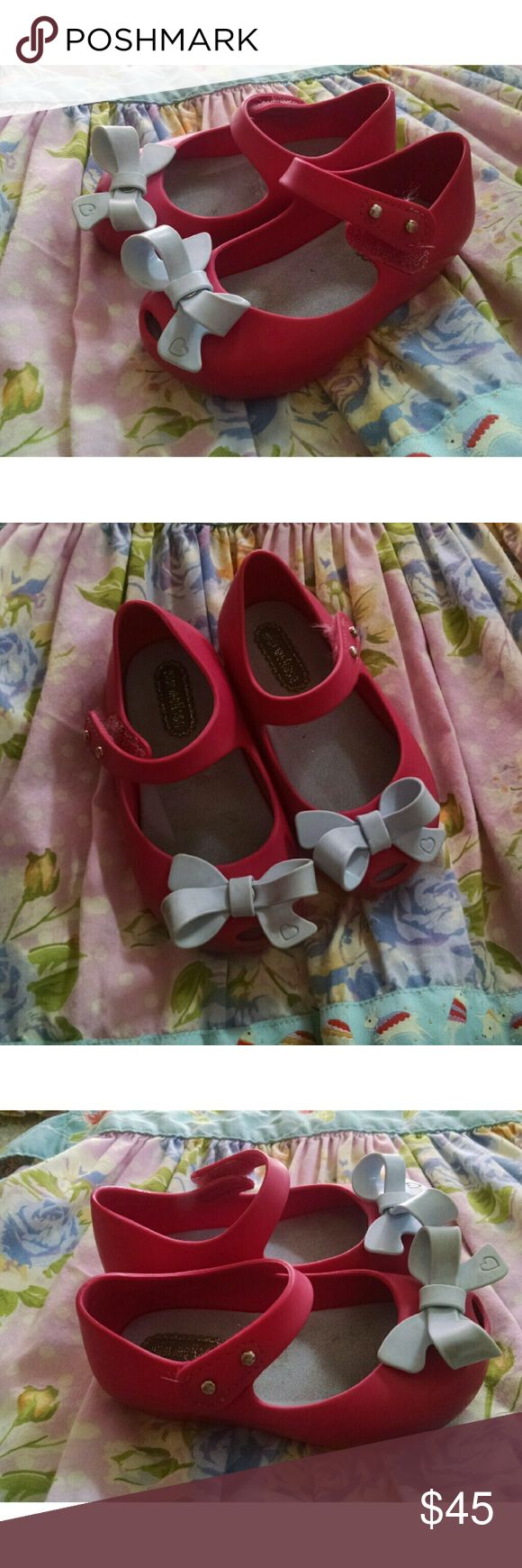 Mini Melissa's sz.6 adorbs!! Great condition, amazing mini Melissa's. I'll have white clear cats for sale here soon !! Mini Melissa Shoes