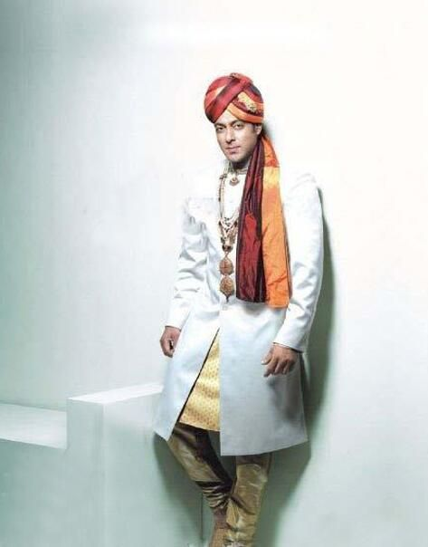 Whom should Salman say 'Mujhse Shaadi Karogi'? #KatrinaKaif #LuliaVantur #RaniMukherji #Others