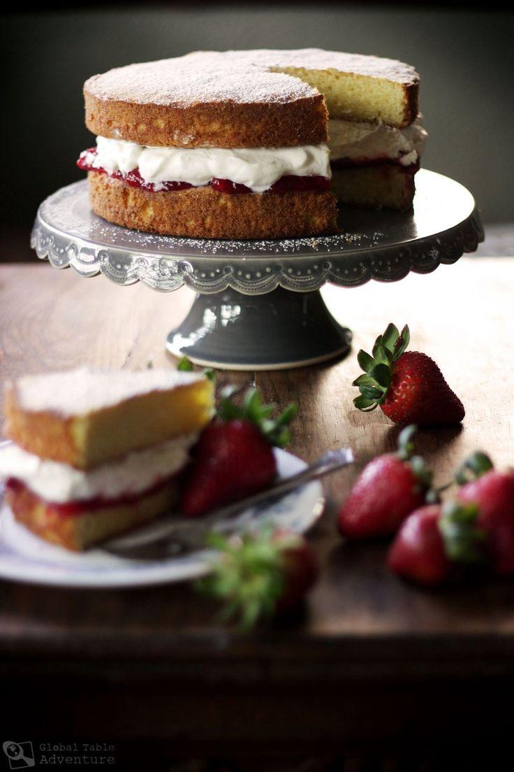 British Victoria Sponge Cake - Le gâteau génoise de Mary Poppins à garnir de Lemon curd et crème fouettée