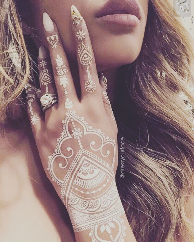 THE ART OF HENNA, check out cool designs, read full article on the blog! Follow fashionandbeautybook.com