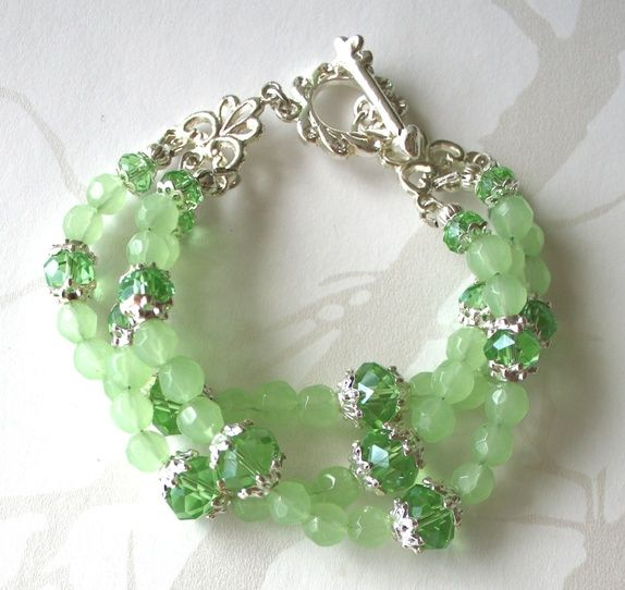 Mint green chunky bracelet, three strands