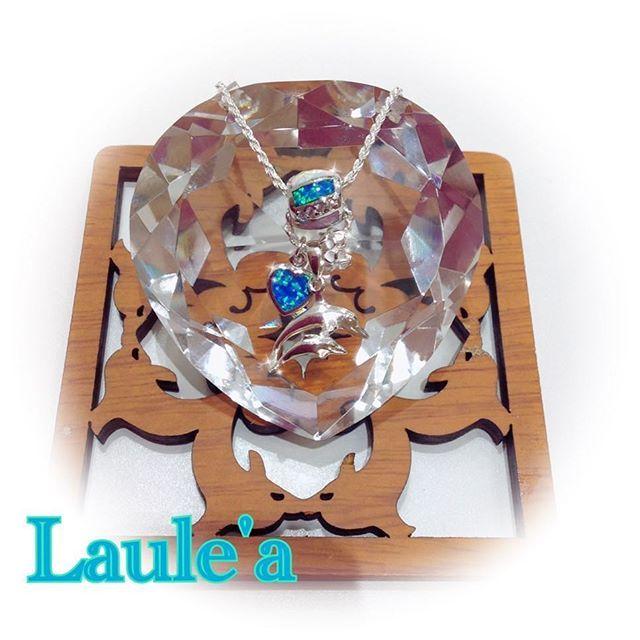 【laulea_urawamisono】さんのInstagramをピンしています。 《海が大好きな方へ〜♡#ペンダント#pendant#ハワイアンジュエリー#Hawaiian#jewelry#Hawaii#オパール#opal#barrel#樽#イルカ#dolphin#ハート#heart#プレゼント#present#カップル#couple#彼女#ラブラブ#クリスマス#セット#set#海#sea#浦和美園#イオン》