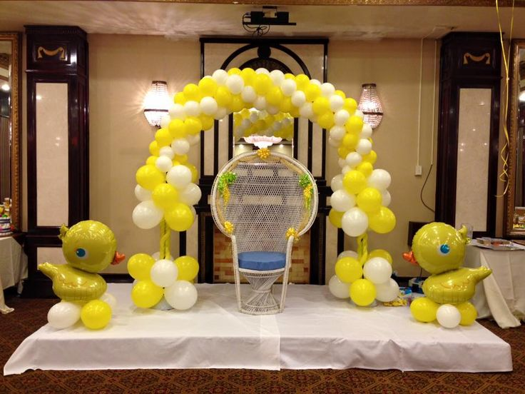 99 best images about balloon baby shower decor on for Baby shower function decoration
