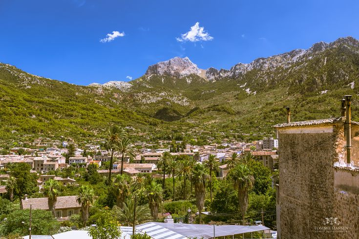 Located in Mallorca and with more than 10 years experience in planning, organising and assisting travel customers, from individuals to large groups. Personalized VIP service and best value cruise tours. >> mallorca excursions --> http://mallorcacruiseexcursions.com