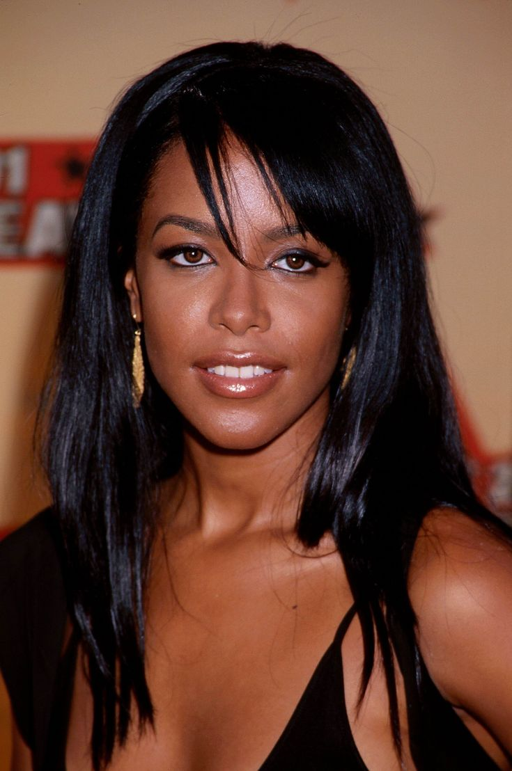 a biography of aaliyah dani haughton The aaliyah biography is the story of a rising star who died too soon aaliyah dana haughton, born in brooklyn, new york on january 16th, 1979 was a singer.