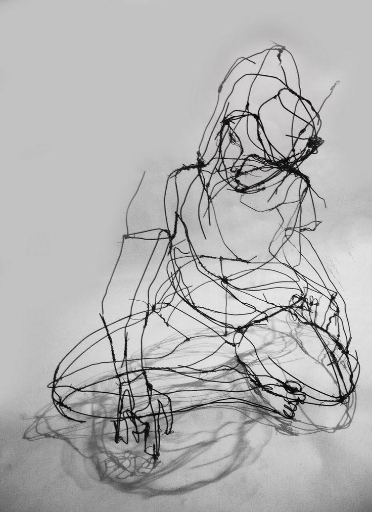 Fritz Panzer   -   http://www.galeriekrobath.at/artists/Fritz_Panzer/work/     -     http://www.designboom.com/art/3d-wire-sculptures-by-fritz-panzer/