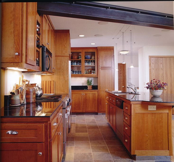 Small Galley Kitchen Ideas: Best 25+ Small Galley Kitchens Ideas On Pinterest