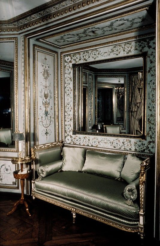 Marie Antoinette's cabinet de toilette (dressing room), Palace of Saint-Cloud, France