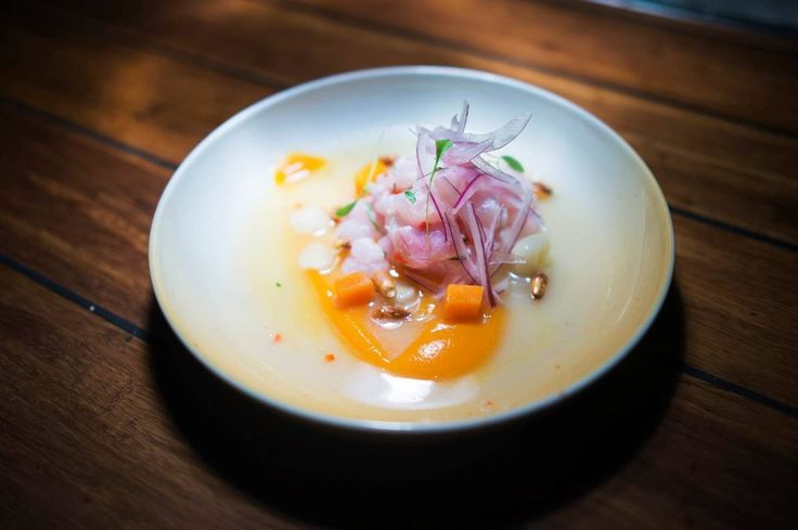 Lei av sushi, men ikke av rå fisk? Slik lager du trendretten ceviche.