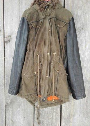 Kup mój przedmiot na #vintedpl http://www.vinted.pl/damska-odziez/kurtki/15771522-parka-skorzane-rekawy-must-have