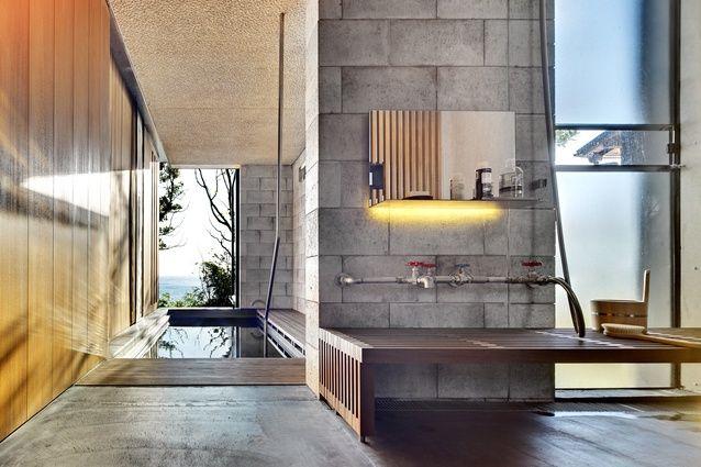Wall House, Shizuoka, Japan by Peter Stutchbury with Keiji Ashizawa Design (2007-09).