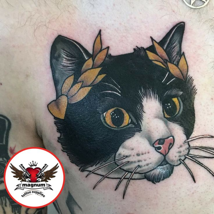 What a lovely #catpiece from Niall Shannon with #magnumtattoosupplies