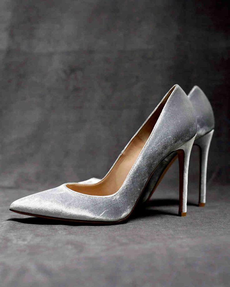 a stylish gray and gold seattle wedding martha stewart weddings this bride