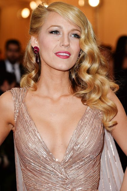 This Celeb Has The BEST Hair In Hollywood – Wedding