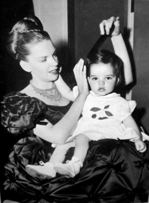 Judy Garland &Lisa  Mineli.