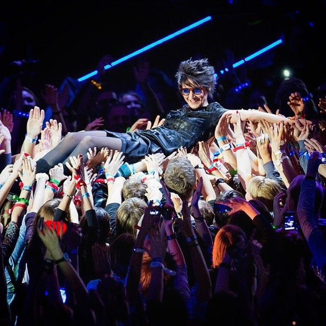 Земфира в Олимпийском  #rock_girls_russia #рокдевушки #rockgirls #russia #россия #рок #rock #альтернатива #alternative #show #шоу #concert #концерт #tattoo #тату #music #музыка #girls #девушки #rockgirlsrussia