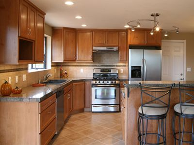 Cost Of Kitchen Cabinets Homewyse