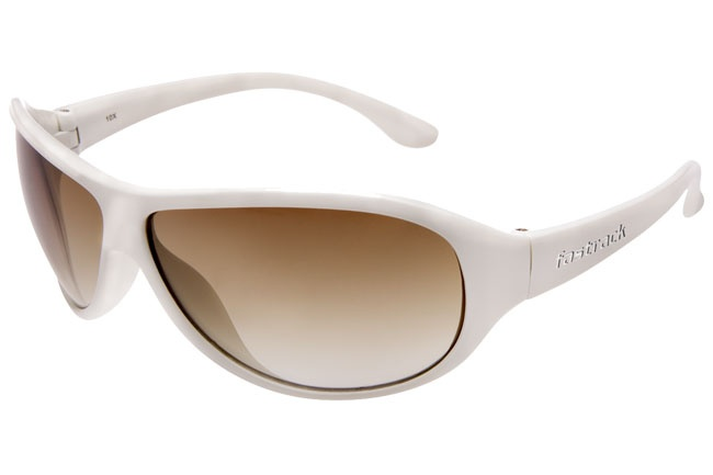 Very comfortable plastic frames inspired by Hip Hop.     Hip Hop from Fastrack    http://www.fastrack.in/product/p173br2f/?filter=yes=1=895=2495=2=895=2495&_=1339951771929#