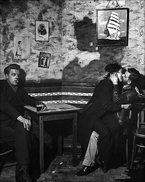 At Charley Brown's pub, Limehouse, 1945 - Bill Brandt - #photography #black and white This reminds me of an Edward Burra painting