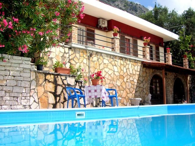 Barbati Holiday Villa Rental with private pool and beach/lake nearby - CORFU- 4 BEDS