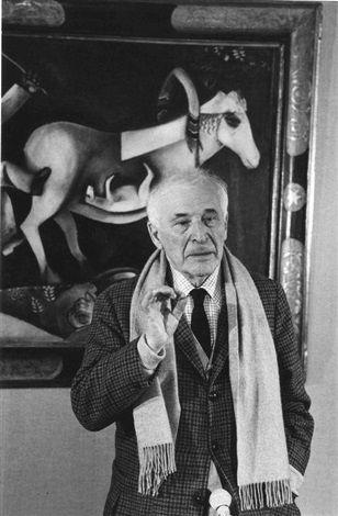 Robert Doisneau // Marc Chagall visitant son exposition avant l'ouverture au Grand Palais, Paris , 1969