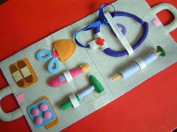 Doctor Kit in Felt
