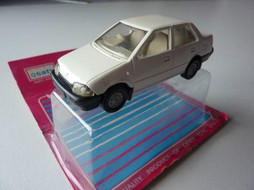 Centy-Toys-India-1-40-plastic-MARUTI-1000-in-white-Suzuki-Cultus-Swift