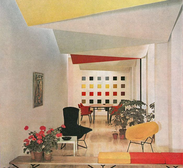 Knoll International showroom in Milan, Italy, 1956 | Interior Design: Knoll Planning Unit/Florence Knoll | Product: Harry Bertoia's Bird Chair, Diamond Chair and Bench and Eero Saarinen's Executive Arm Chair | Knoll Inspiration