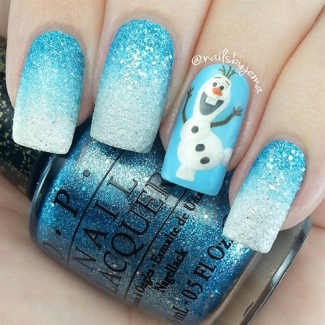 One more Olaf mani before they get taken off.. A texture gradient! I used OPI 'Tiffany Case' and 'Solitaire' for the gradient and I really love how it turned out. Taking these off is going to be hard a) because they're textured & removing texture polish is always time consuming and b) because I like the colours so much & Olaf is one of the favorite things I've ever painted. Also my first ever texture gradient. So much easier than expected!